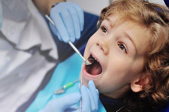 Основа успешного лечения детского кариеса – регулярные осмотры стоматолога